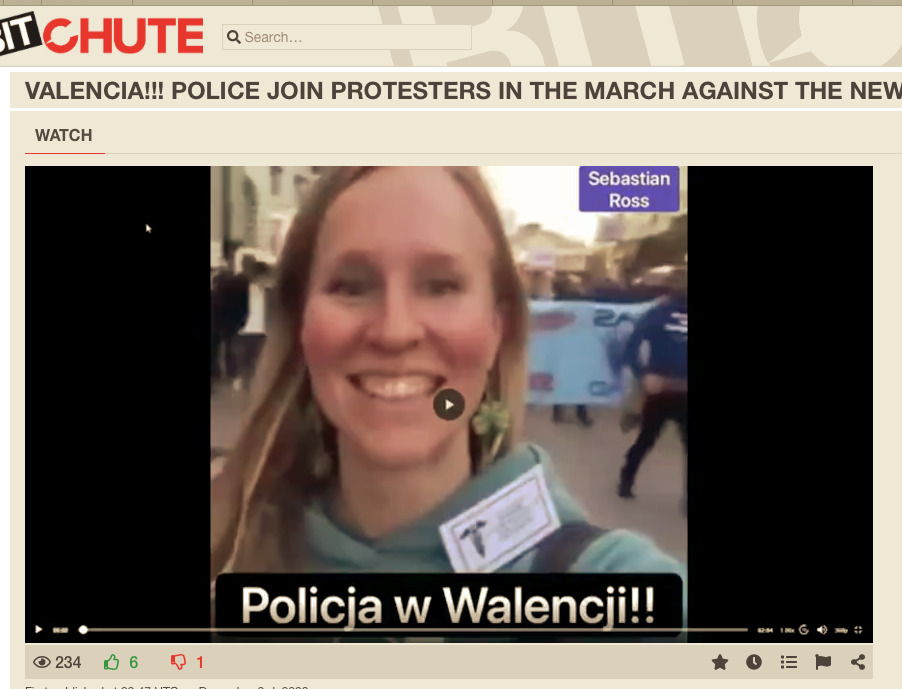Valencia!!! Police Join Protestors for Freedom